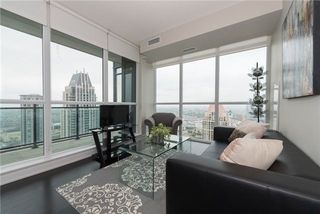 Photo 4: 4070 Confederation Pkwy Unit #3409 in Mississauga: City Centre Condo for sale : MLS®# W4094881
