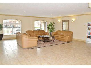 Photo 4: #217 13005 140 AV: Edmonton Condo for sale : MLS®# E3430445