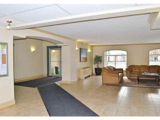 Photo 3: #217 13005 140 AV: Edmonton Condo for sale : MLS®# E3430445