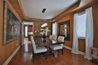 Photo 2: 2492 Upper Valley Cres in : 1015 - RO River Oaks FRH for sale (Oakville)  : MLS®# 30510964