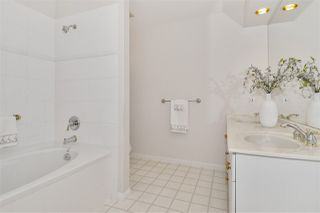 """Photo 9: 334 3098 GUILDFORD Way in Coquitlam: North Coquitlam Condo for sale in """"Marlborough House"""" : MLS®# R2387538"""