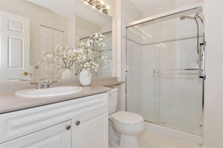 """Photo 11: 334 3098 GUILDFORD Way in Coquitlam: North Coquitlam Condo for sale in """"Marlborough House"""" : MLS®# R2387538"""