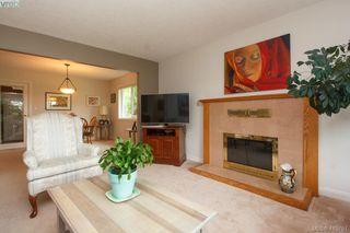 Photo 7: 1401 Harrop Road in VICTORIA: SE Cedar Hill Single Family Detached for sale (Saanich East)  : MLS®# 415781