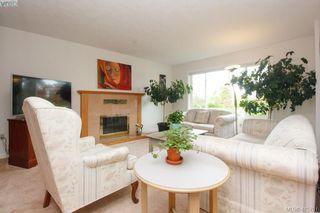 Photo 5: 1401 Harrop Road in VICTORIA: SE Cedar Hill Single Family Detached for sale (Saanich East)  : MLS®# 415781