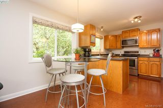 Photo 12: 1401 Harrop Road in VICTORIA: SE Cedar Hill Single Family Detached for sale (Saanich East)  : MLS®# 415781