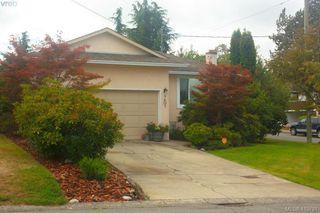 Photo 2: 1401 Harrop Road in VICTORIA: SE Cedar Hill Single Family Detached for sale (Saanich East)  : MLS®# 415781