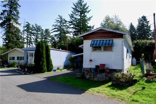 Photo 2: 19 1201 Craigflower Rd in VICTORIA: VR Glentana Manufactured Home for sale (View Royal)  : MLS®# 825952