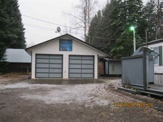 Photo 3: 4021 JADE Drive in Prince George: Emerald Manufactured Home for sale (PG City North (Zone 73))  : MLS®# R2418762