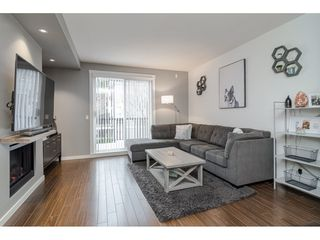 """Photo 3: 77 18983 72A Avenue in Surrey: Clayton Townhouse for sale in """"KEW"""" (Cloverdale)  : MLS®# R2425839"""