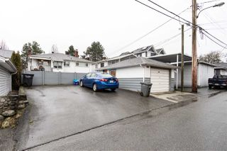 Photo 14: 2535 E 1ST Avenue in Vancouver: Renfrew VE House for sale (Vancouver East)  : MLS®# R2432986