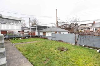 Photo 11: 2535 E 1ST Avenue in Vancouver: Renfrew VE House for sale (Vancouver East)  : MLS®# R2432986