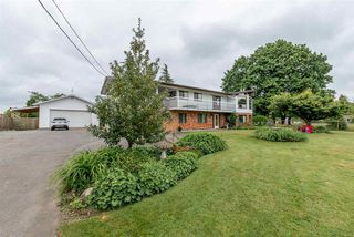 """Photo 3: 22613 26 Avenue in Langley: Campbell Valley House for sale in """"CAMPBELL VALLEY"""" : MLS®# R2457522"""