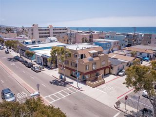 Photo 14: Property for sale: 3792 Mission Blvd in San Diego