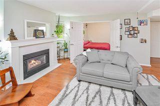 Photo 3: 104 1270 Johnson St in Victoria: Vi Downtown Condo Apartment for sale : MLS®# 844658