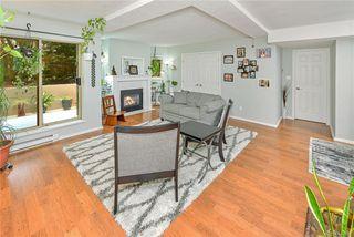 Photo 1: 104 1270 Johnson St in Victoria: Vi Downtown Condo Apartment for sale : MLS®# 844658