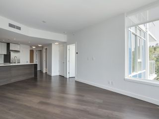 Photo 4: 811 3557 SAWMILL CRESCENT in Vancouver: South Marine Condo for sale (Vancouver East)  : MLS®# R2514341