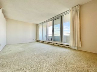 """Photo 4: 1703 4160 SARDIS Street in Burnaby: Central Park BS Condo for sale in """"Central Park Plaza"""" (Burnaby South)  : MLS®# R2522337"""