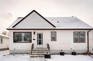 Photo 1: 984 Cathedral Avenue in Winnipeg: Sinclair Park Residential for sale (4C)  : MLS®# 202029493