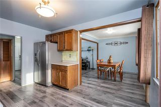 Photo 8: 984 Cathedral Avenue in Winnipeg: Sinclair Park Residential for sale (4C)  : MLS®# 202029493