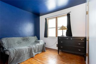 Photo 11: 984 Cathedral Avenue in Winnipeg: Sinclair Park Residential for sale (4C)  : MLS®# 202029493