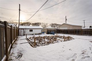Photo 17: 984 Cathedral Avenue in Winnipeg: Sinclair Park Residential for sale (4C)  : MLS®# 202029493