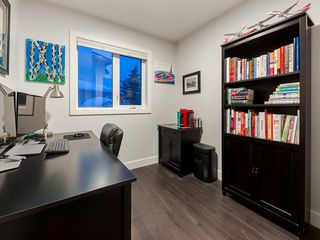 Photo 19: 55 SILVERSTONE Road NW in Calgary: Silver Springs Detached for sale : MLS®# A1058654