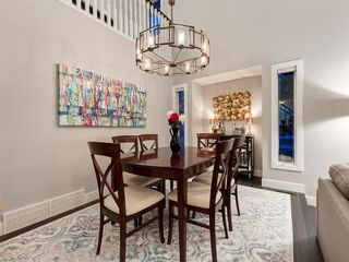 Photo 8: 55 SILVERSTONE Road NW in Calgary: Silver Springs Detached for sale : MLS®# A1058654