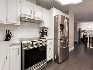 Photo 18: 55 SILVERSTONE Road NW in Calgary: Silver Springs Detached for sale : MLS®# A1058654