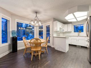Photo 12: 55 SILVERSTONE Road NW in Calgary: Silver Springs Detached for sale : MLS®# A1058654