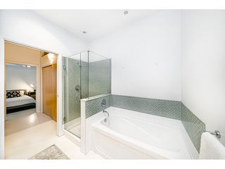 """Photo 25: 503 546 BEATTY Street in Vancouver: Downtown VW Condo for sale in """"THE CRANE"""" (Vancouver West)  : MLS®# R2528075"""