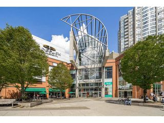 """Photo 38: 503 546 BEATTY Street in Vancouver: Downtown VW Condo for sale in """"THE CRANE"""" (Vancouver West)  : MLS®# R2528075"""
