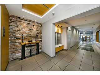 """Photo 4: 503 546 BEATTY Street in Vancouver: Downtown VW Condo for sale in """"THE CRANE"""" (Vancouver West)  : MLS®# R2528075"""