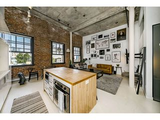 """Photo 15: 503 546 BEATTY Street in Vancouver: Downtown VW Condo for sale in """"THE CRANE"""" (Vancouver West)  : MLS®# R2528075"""