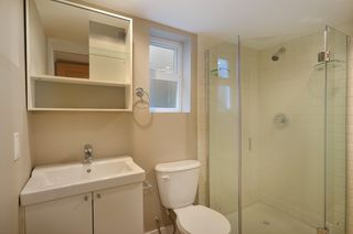 Photo 8: 442 E 15TH Avenue in Vancouver: Mount Pleasant VE House for sale (Vancouver East)  : MLS®# V940109