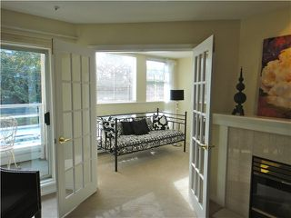"Photo 2: 212 2105 W 42ND Avenue in Vancouver: Kerrisdale Condo for sale in ""BROWNSTONE"" (Vancouver West)  : MLS®# V971377"
