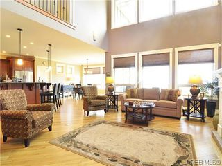 Photo 3: 1121 Bearspaw Plat in VICTORIA: La Bear Mountain House for sale (Langford)  : MLS®# 628956