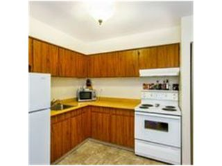 """Photo 2: 3 314 HIGHLAND Way in Port Moody: North Shore Pt Moody Townhouse for sale in """"HIGHLAND PARK"""" : MLS®# V1025450"""