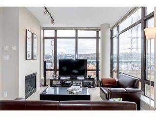 Photo 3: 403 2345 Madison Avenue in Burnaby: Condo for sale : MLS®# V1053047