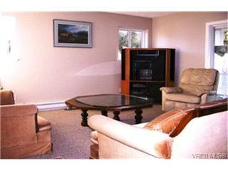 Photo 9: 503 Carran Lane in VICTORIA: Co Wishart North Single Family Detached for sale (Colwood)  : MLS®# 211043