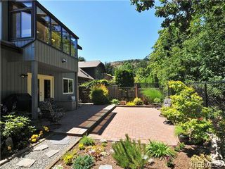 Photo 17: 4401 Robinwood Drive in VICTORIA: SE Gordon Head Single Family Detached for sale (Saanich East)  : MLS®# 339873