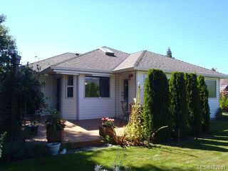 Photo 19: 855 Yambury Rd in QUALICUM BEACH: PQ Qualicum Beach House for sale (Parksville/Qualicum)  : MLS®# 677091