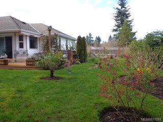 Photo 16: 855 Yambury Rd in QUALICUM BEACH: PQ Qualicum Beach House for sale (Parksville/Qualicum)  : MLS®# 677091