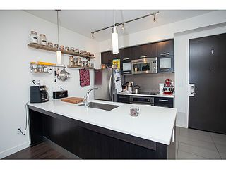 Photo 3: 208 3333 MAIN Street in Vancouver: Main Condo for sale (Vancouver East)  : MLS®# V1075076
