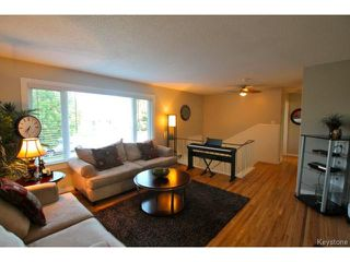Photo 4: 98 Madera Crescent in WINNIPEG: Maples / Tyndall Park Residential for sale (North West Winnipeg)  : MLS®# 1418851