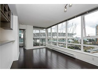 Photo 2: # 1205 928 BEATTY ST in Vancouver: Yaletown Condo for sale (Vancouver West)  : MLS®# V1086608