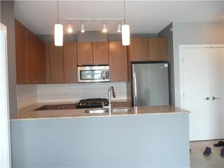 Photo 3: 1208 280 ROSS DRIVE in NEW WEST: Fraserview NW Condo for sale (New Westminster)  : MLS®# R2006262