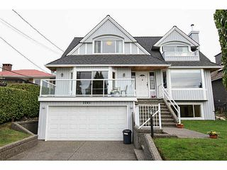 Main Photo: Kings Avenue in West Vancouver: Dundarave House for rent