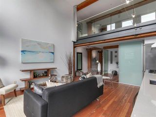 Photo 3: 302 528 BEATTY STREET in : Downtown VW Condo for sale (Vancouver West)  : MLS®# R2099152