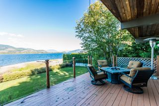 Photo 17: 697 Viel Road in Sorrento: WATERFRONT House for sale : MLS®# 10155772