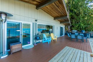 Photo 18: 697 Viel Road in Sorrento: WATERFRONT House for sale : MLS®# 10155772